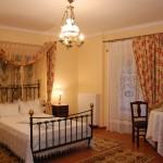Aristarchos Apartments Room