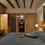 Chrysa Rooms