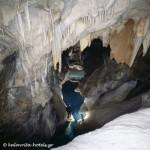 Σπήλαιο Λιμνών